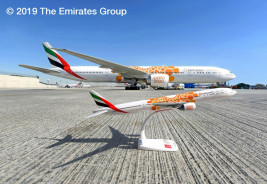 1:200 Boeing 777-300ER, Emirates, Opportunity (Snap-Fit)